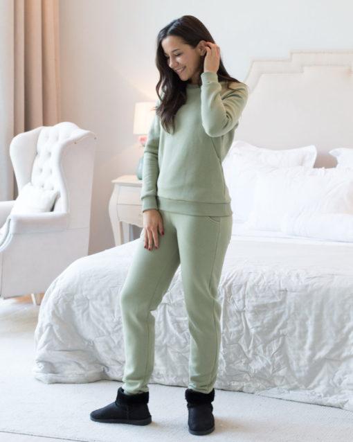Фисташковый теплый костюм для будущих и кормящих мам Sport