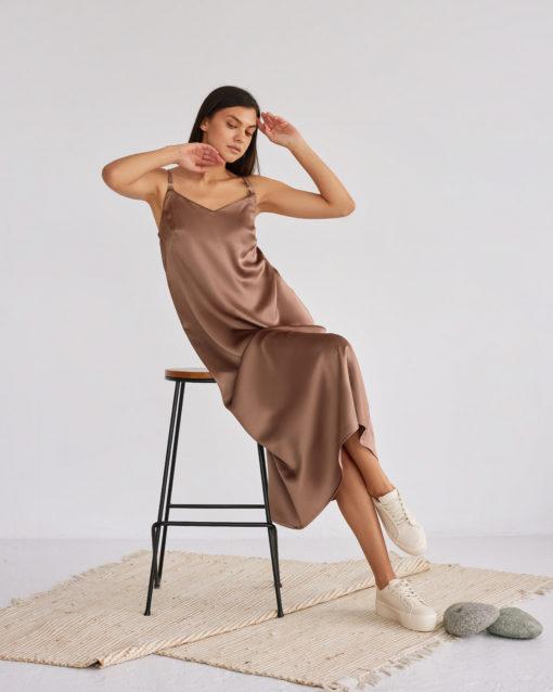 Шоколадное платье-комбинация для беременных и кормящих Karmen
