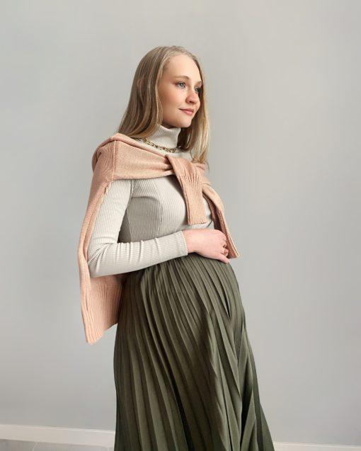Светло-фисташковая водолазка для беременных и кормящих мам Tilda