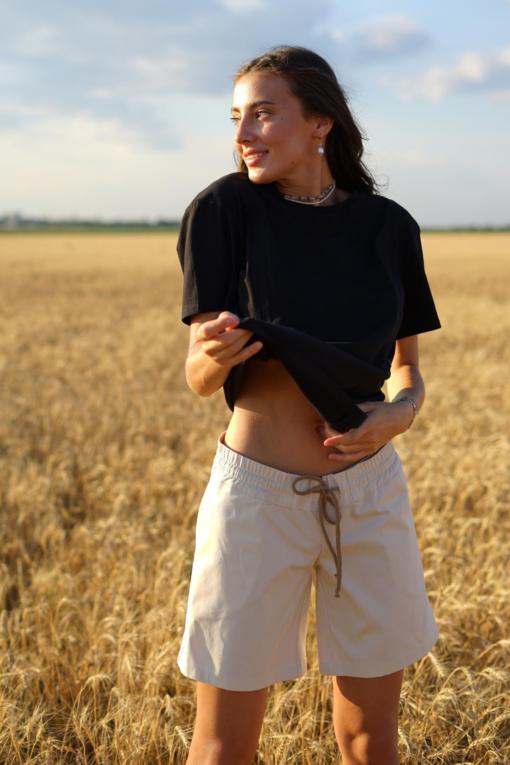Бежевые шорты для беременных и кормящих мам Talisi